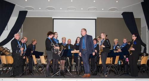 Najaarsconcert De Wielewaal Scheerwolde - 19-11-2016 - 11