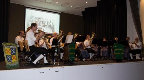 Najaarsconcert De Wielewaal Scheerwolde - 19-11-2016 - 18
