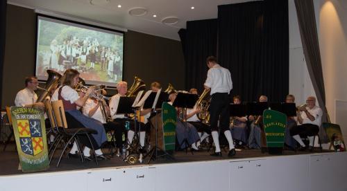 Najaarsconcert De Wielewaal Scheerwolde - 19-11-2016 - 26