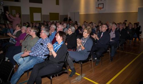 Najaarsconcert De Wielewaal Scheerwolde - 19-11-2016 - 32