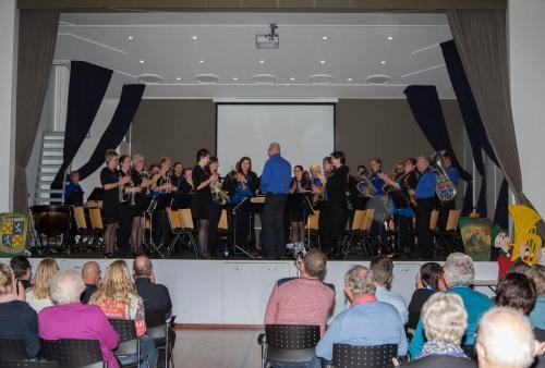 Najaarsconcert De Wielewaal Scheerwolde - 19-11-2016 - 4
