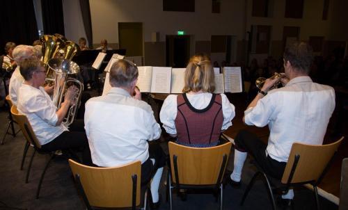 Najaarsconcert De Wielewaal Scheerwolde - 19-11-2016 - 50